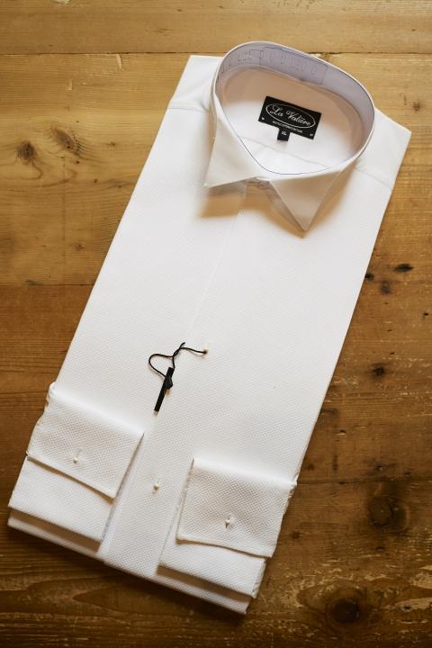 Chemise d'habit blanche à plastron en nid d'abeille